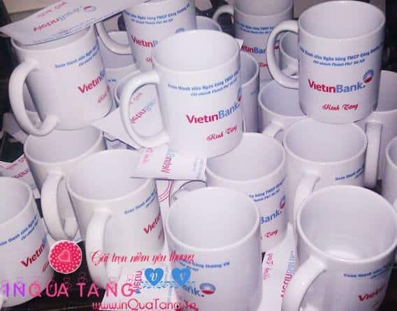 In ấn hình ảnh sản phẩm, logo cửa hàng, logo doanh nghiệp lên ly cốc sứ, ly cốc thủy tinh làm quà tặng cho khách hàng, quảng bá sản phẩm, quảng bá thương hiệu doanh nghiệp, công ty, giá rẻ ở Hà Nội.