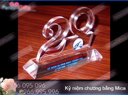 in qua tang doanh nghiep ky niem chuong bieu chuong 2 In quà tặng doanh nghiệp Kỷ Niệm Chương, Biểu trưng OP001