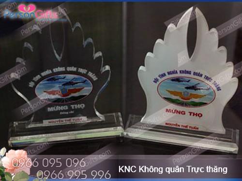 in qua tang doanh nghiep ky niem chuong bieu chuong trung 4 In quà tặng doanh nghiệp Kỷ Niệm Chương, Biểu trưng CB001