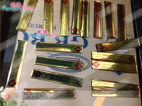 san xuat tem decal nhua deo dan san pham Sản xuất làm tem nhựa dẻo decal dán sản phẩm