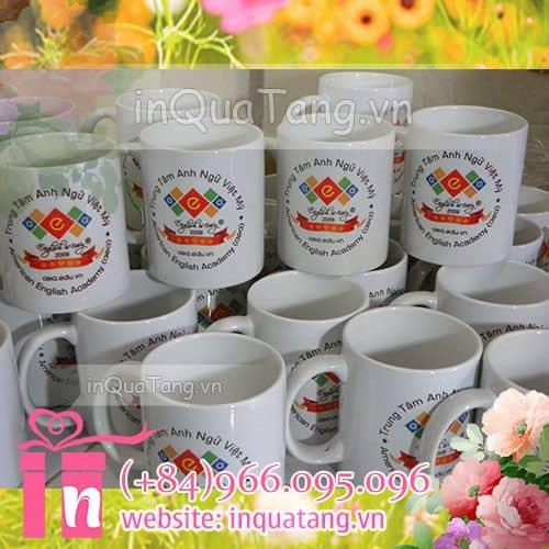 in-anh-len-coc-qua-tang-ky-niem-su-kien-cong-ty-doanh-nghiep-1