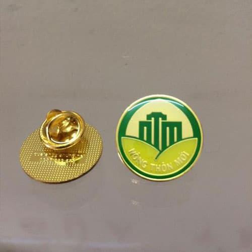 2f5a7f23 Làm huy hiệu cài áo tại Hà Nội