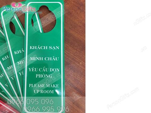 btks In biển tên phòng khách sạn, nhà nghỉ giá rẻ ở Hà Nội
